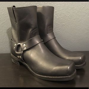 Frye Harness 8R Cavalry Boot